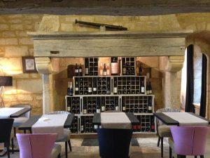 chaises tables fauteuils banquettes canapés pour restaurant et hotel